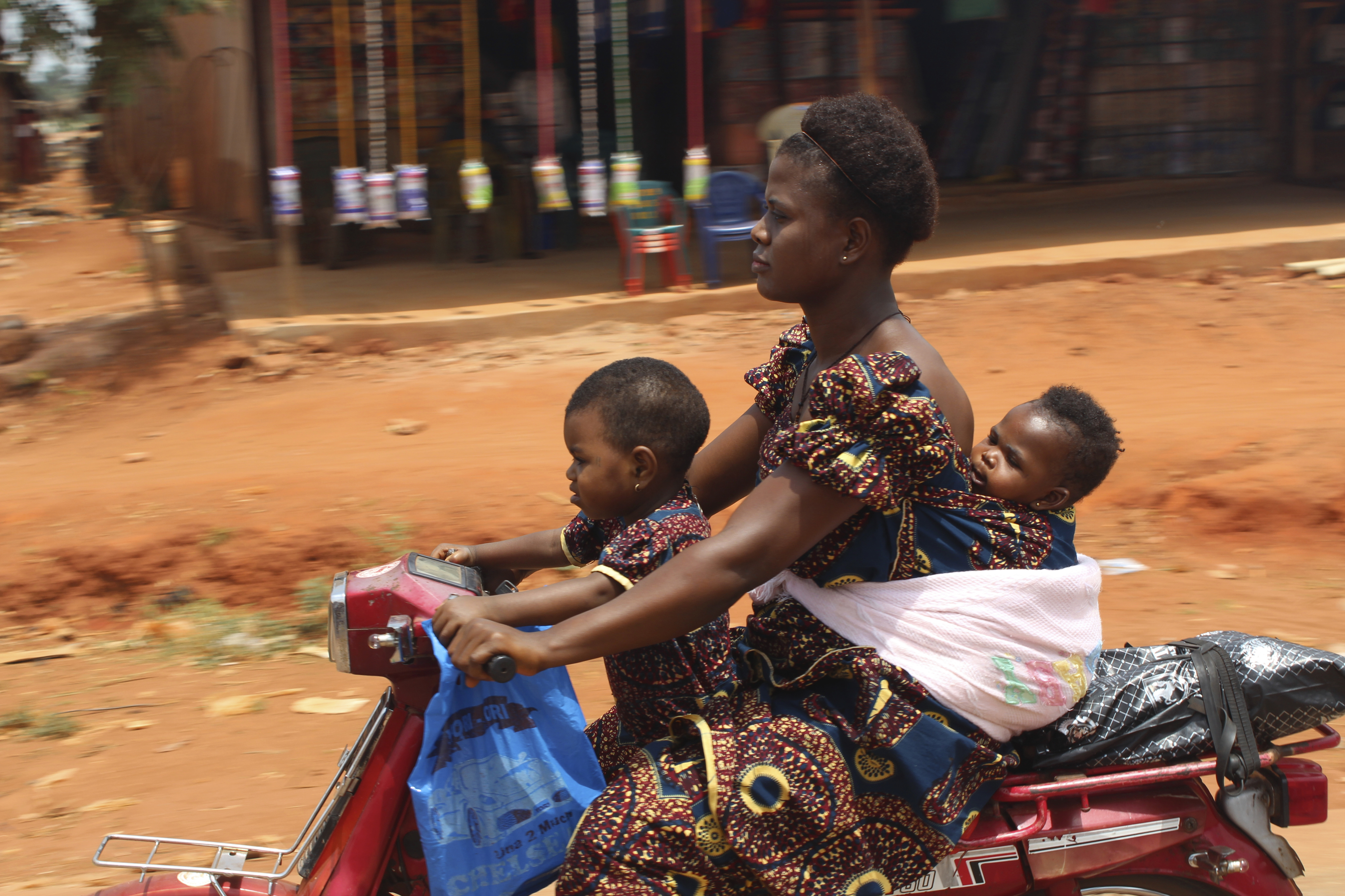 Igbo Mother & Her Baby Girls - Picture of The Year 2013