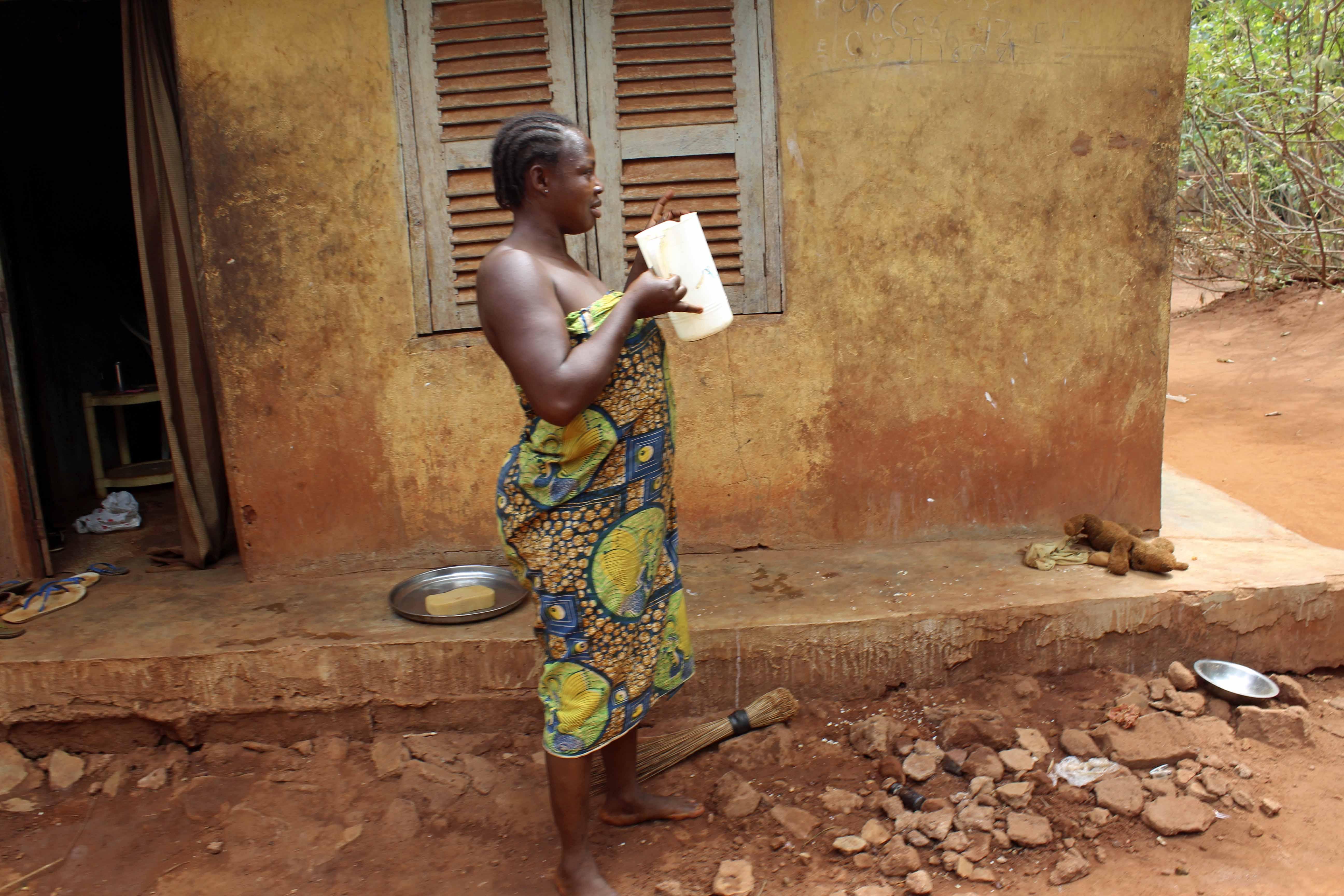 Igbo Woman Iheaka Village Nigeria
