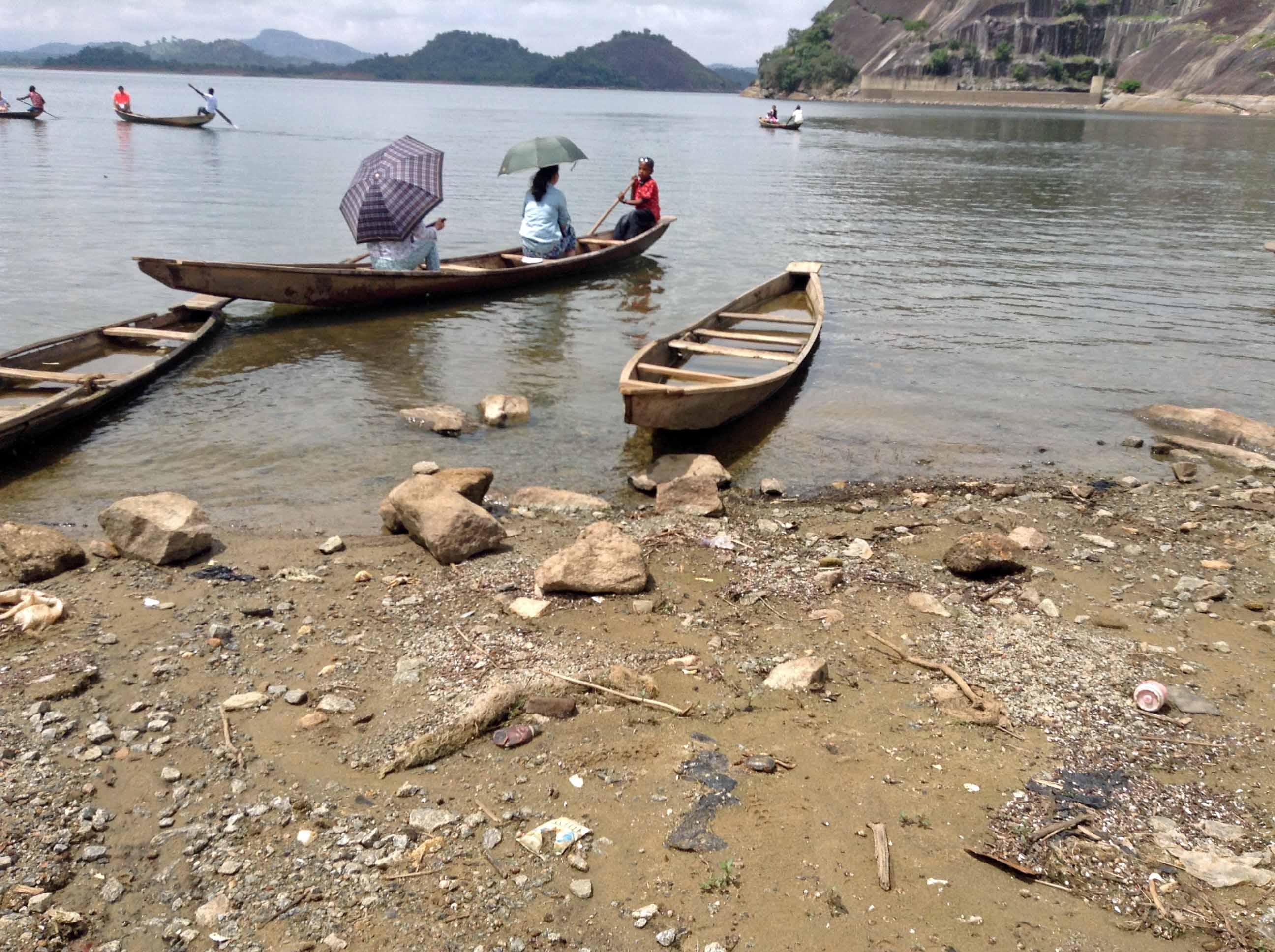 Canoeing on Usuma Dam