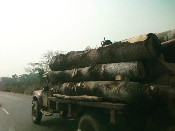 Agbegi Lodo (Timber Truck)
