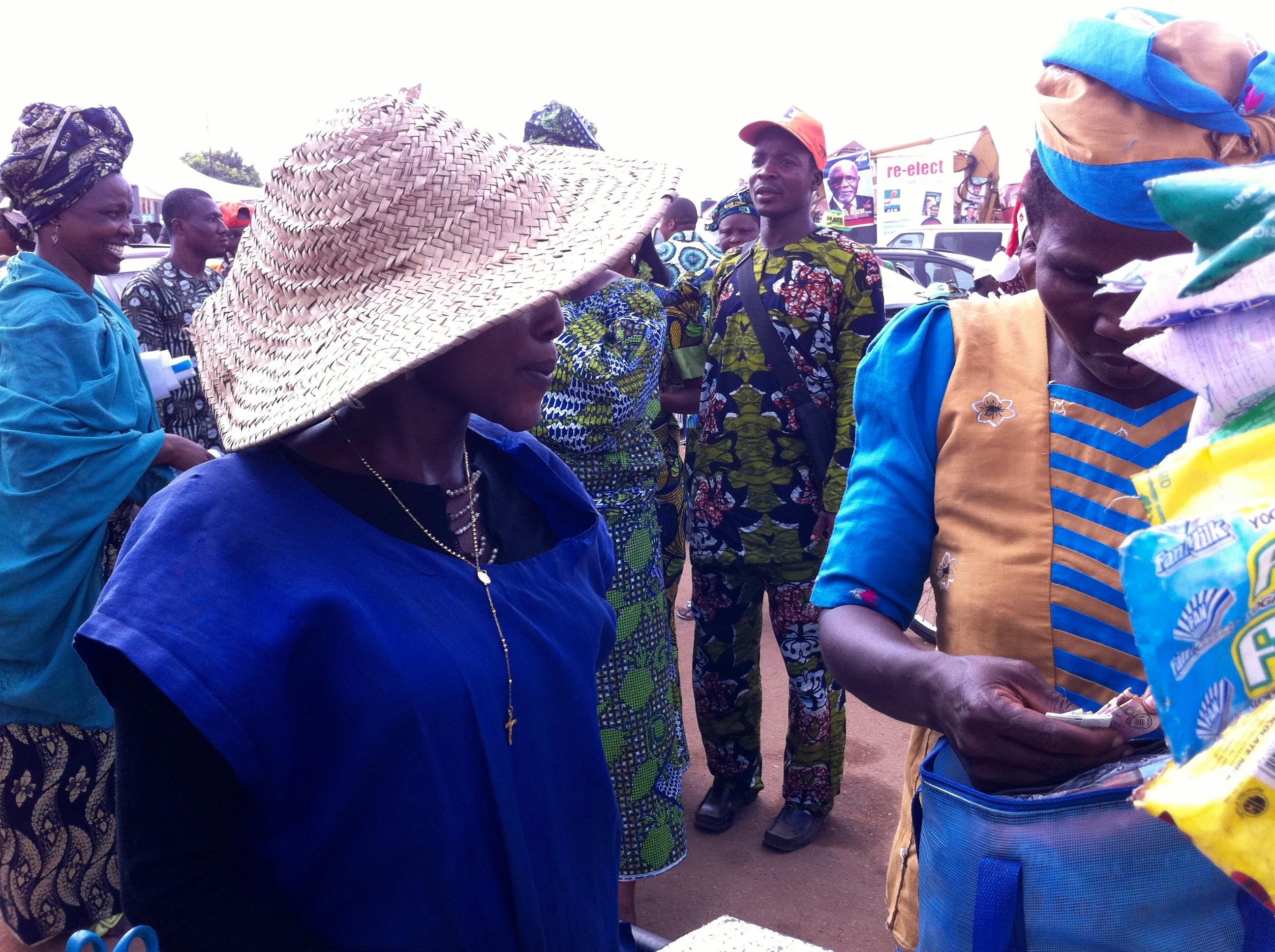 Fan Ice Lady @ Samuel Ogbemudia Stadium, Benin City, Edo State, Nigeria. #JujuFilms