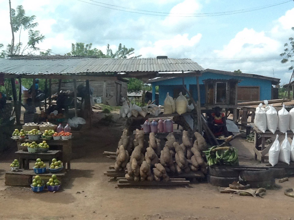 Roadside market, Ondo, Nigeria. #JujuFilms