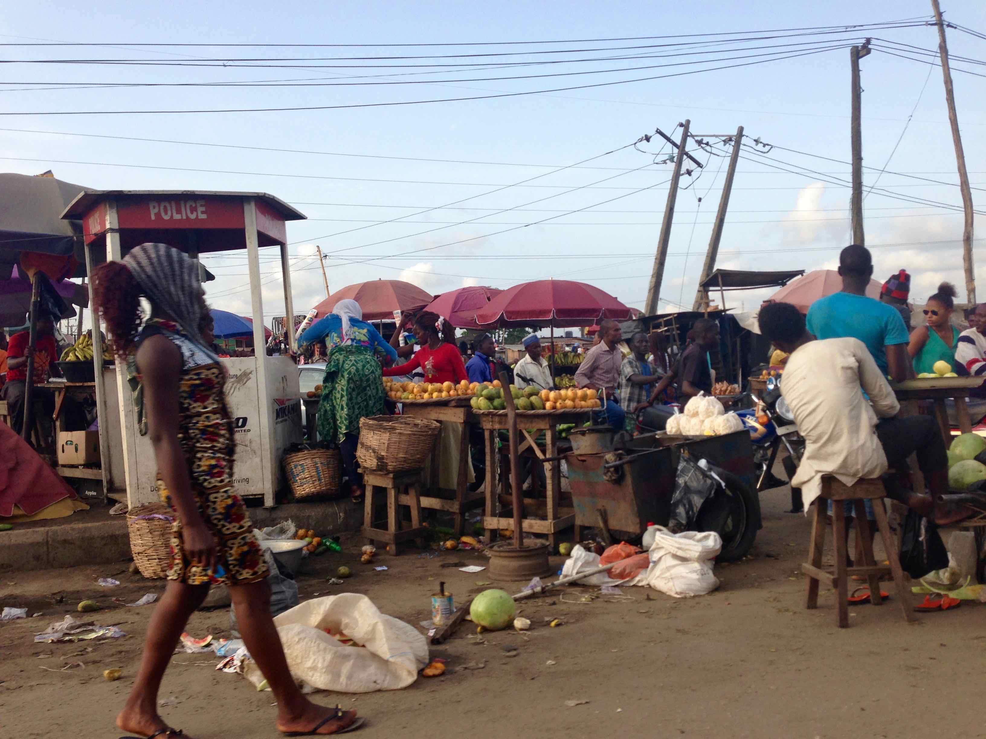Street Market Scene, Lagos, Nigeria. #JujuFilms