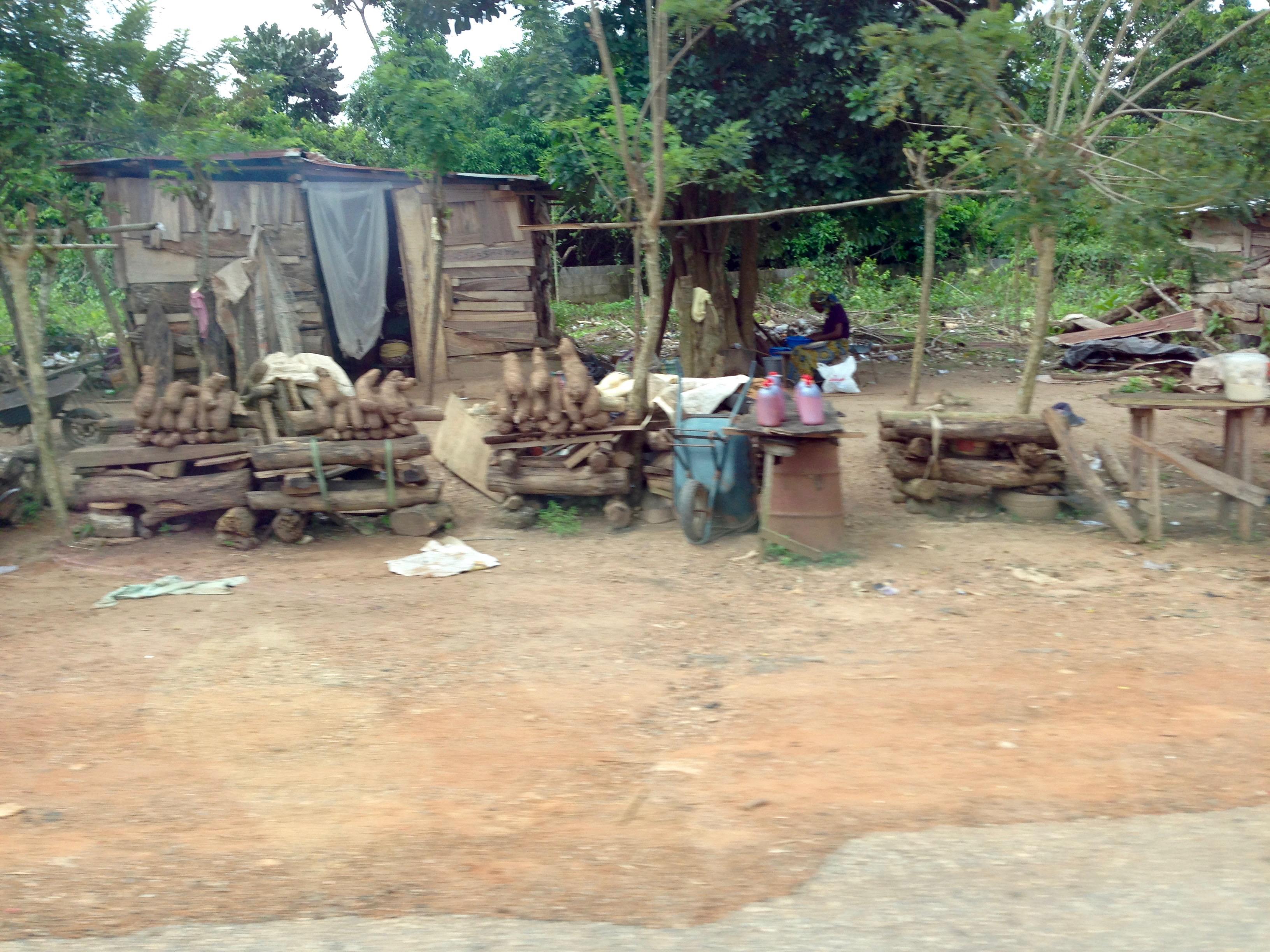 Roadside market, Owo, Ondo, Nigeria. #JujuFilms