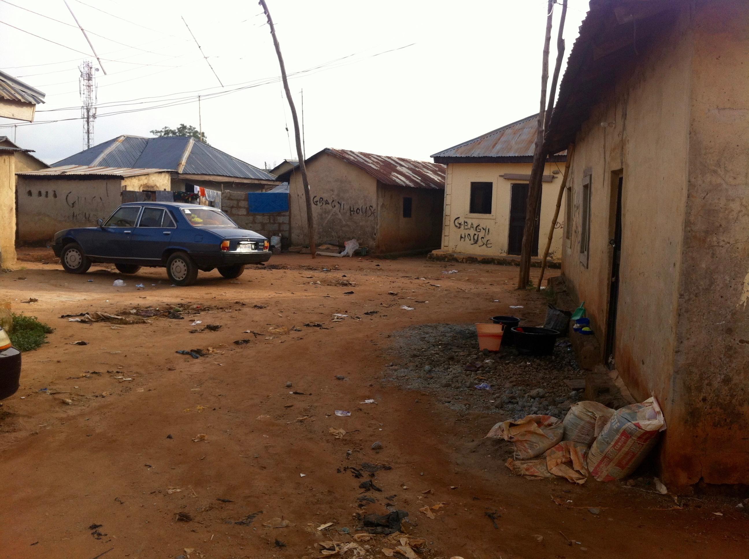 Peugeot 504 Saloon, Lungu Village, Abuja, Nigeria. #JujuFilms