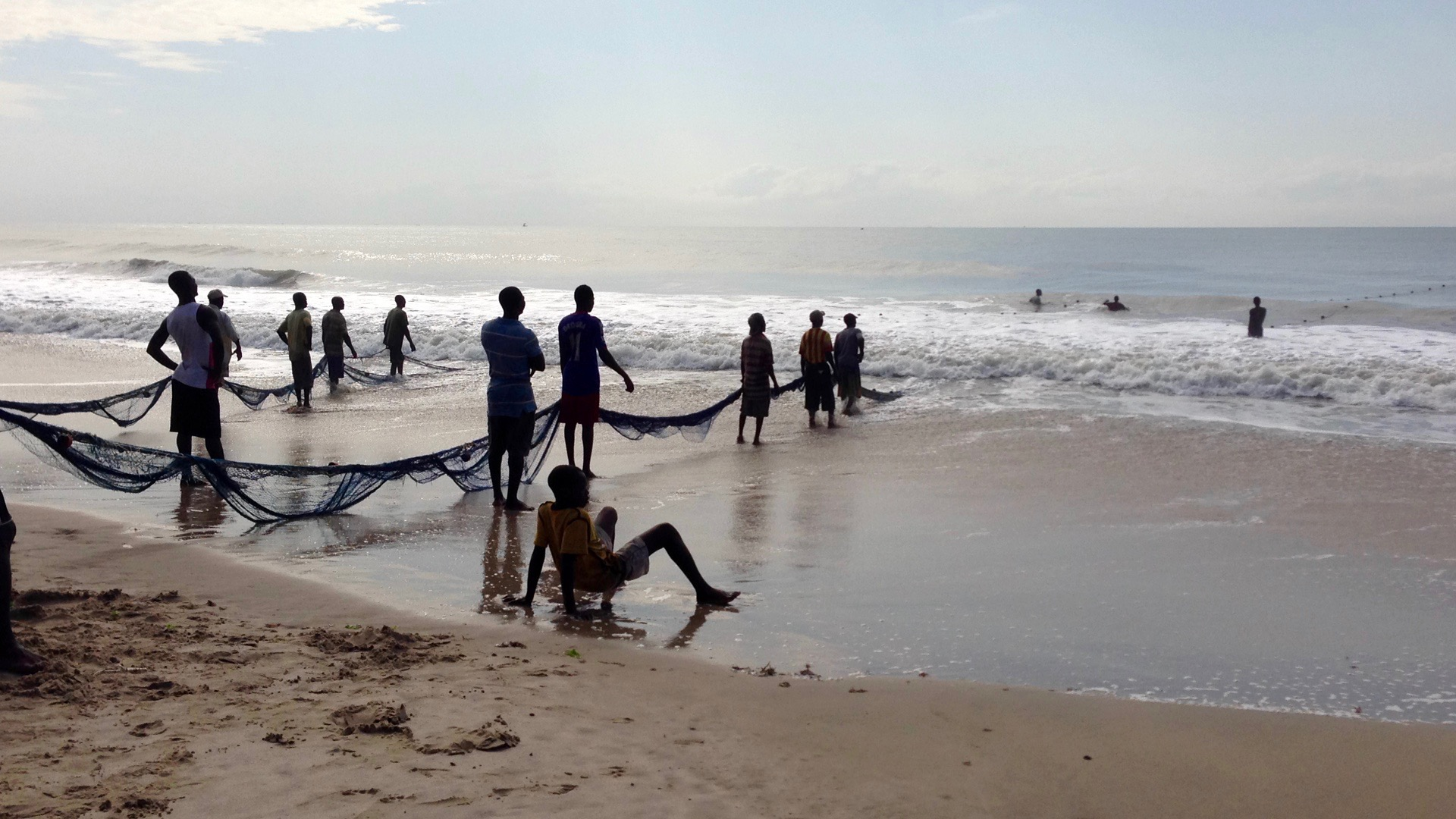 Seine fishing in Kokrobite beach fishing village, Ghana. #JujuFilms