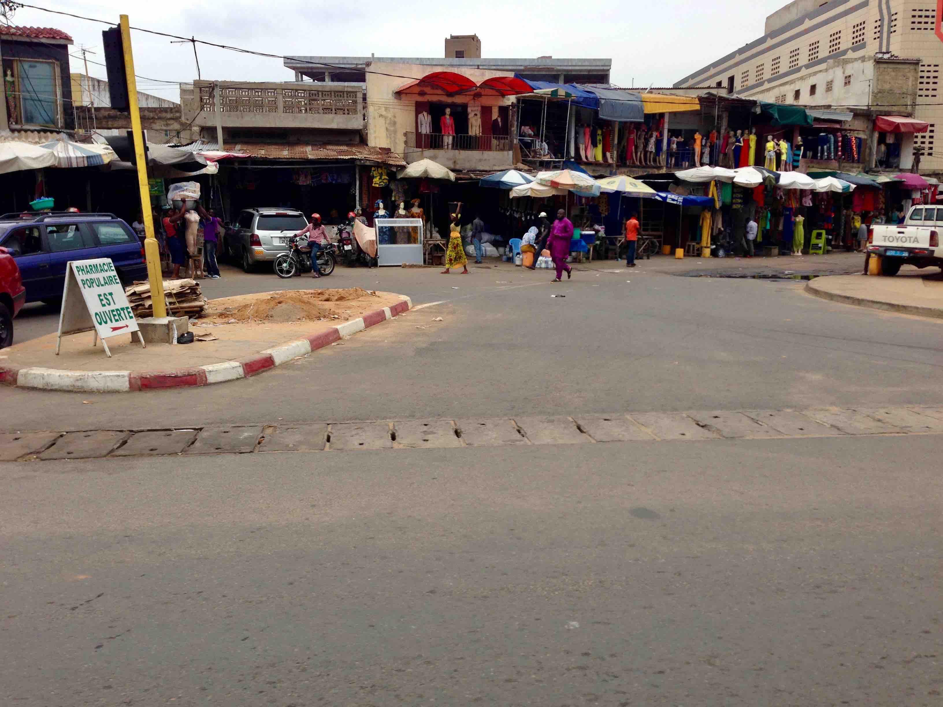 Street scene in Lome, Maritime Region, Togo. #JujuFilms