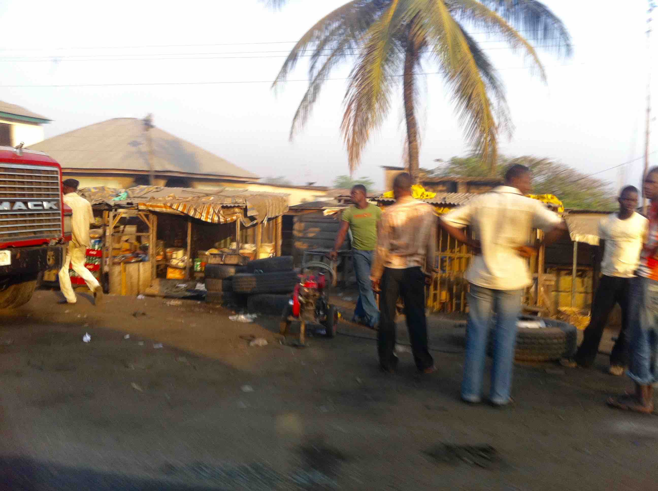Street scene, Lokoja, Kogi, Nigeria. #JujuFilms
