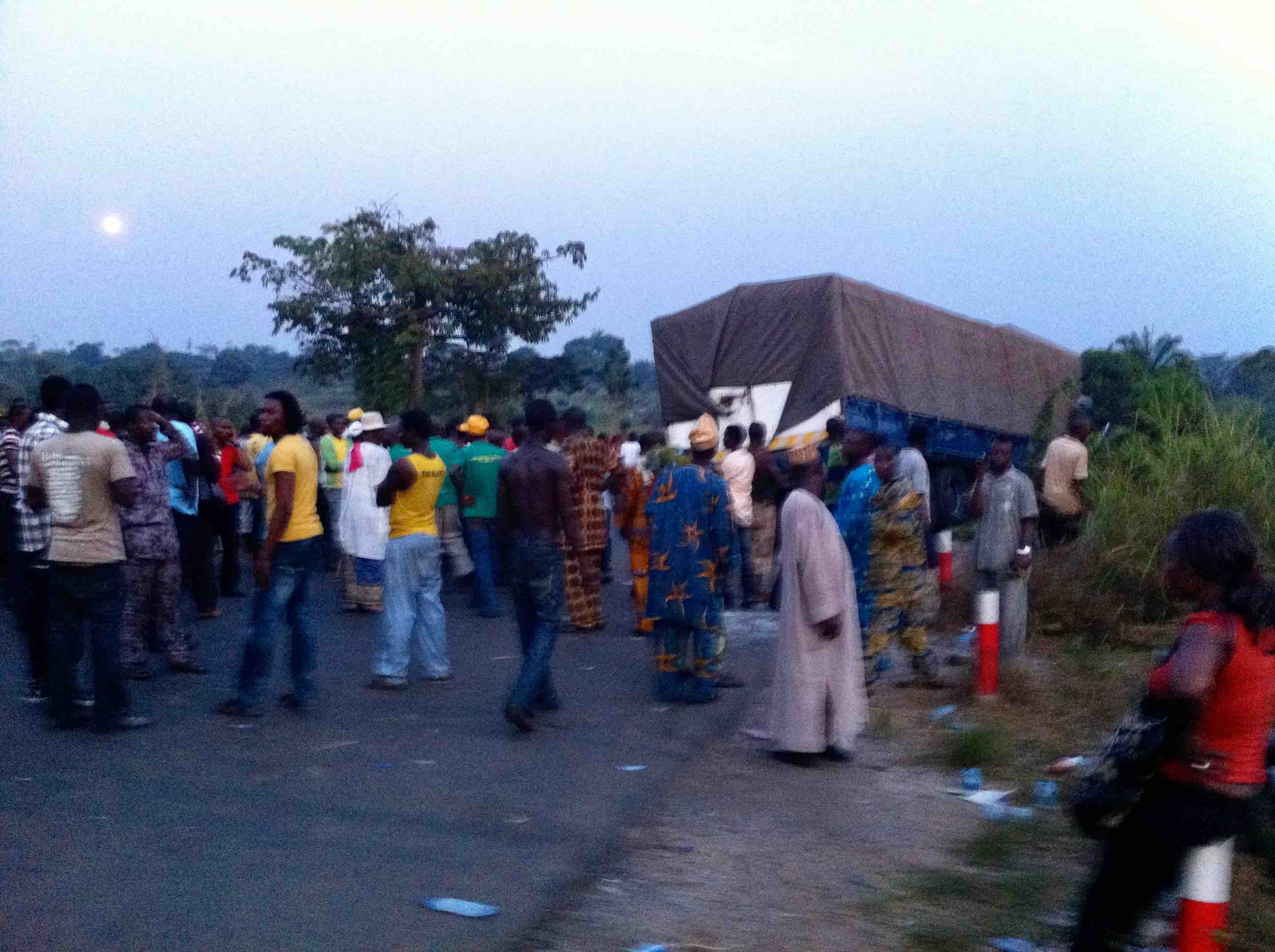 Peace Mass Transit bus accident scene in Okada, Edo, Nigeria. #JujuFilms