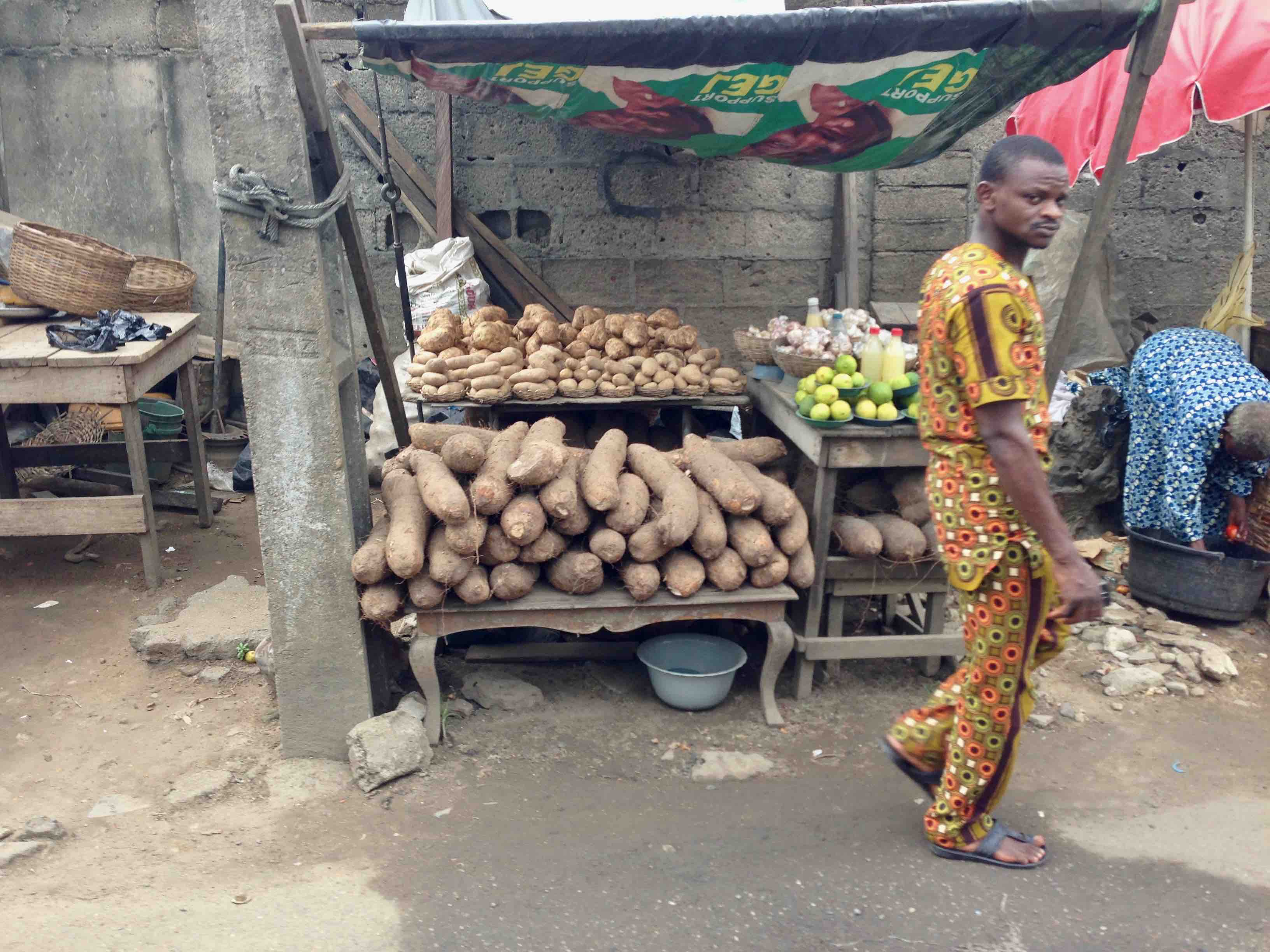 African Yams, Street Market, Adebowale Avenue, Maryland, Lagos State, Nigeria. #JujuFilms