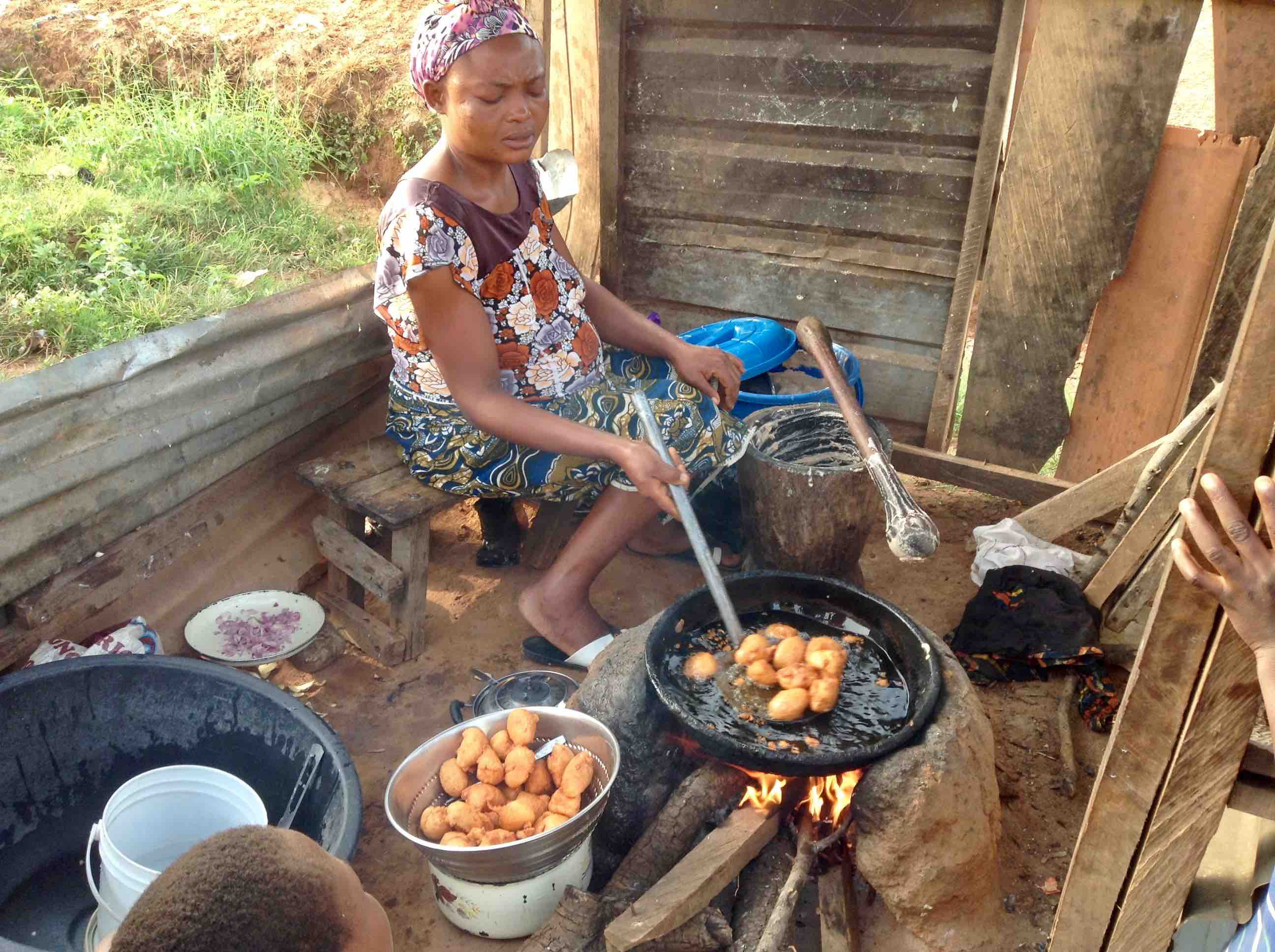 Woman frying akara in Ushafa Village, FCT, Abuja, Nigeria. #JujuFilms