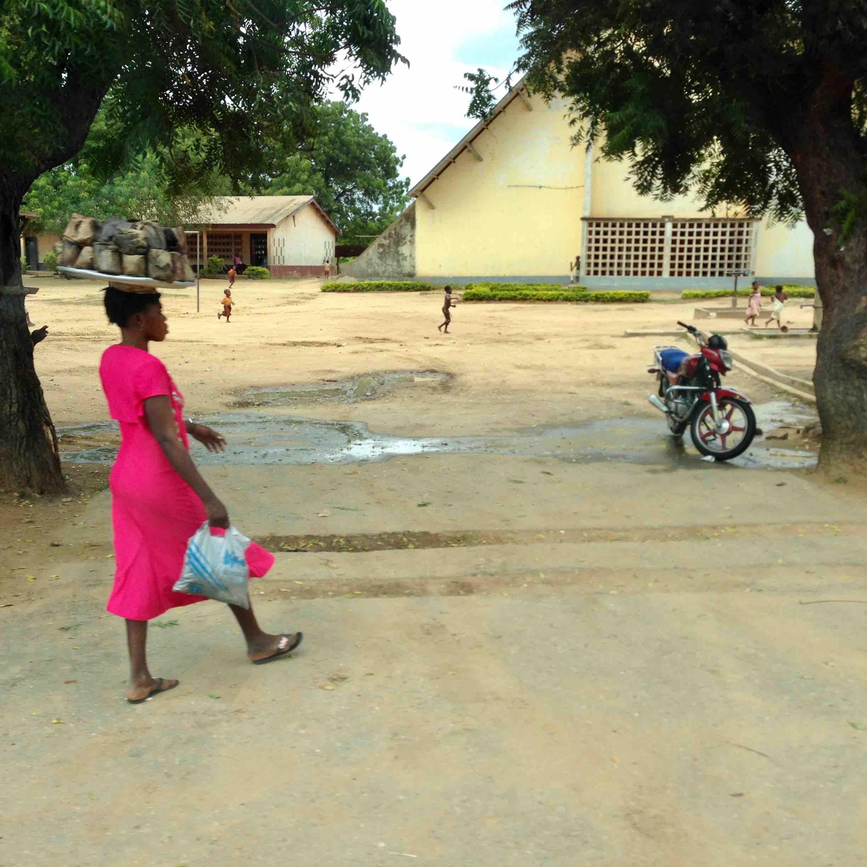 Woman roadside hawking Banku in Adidome, Volta, Ghana. #JujuFilms