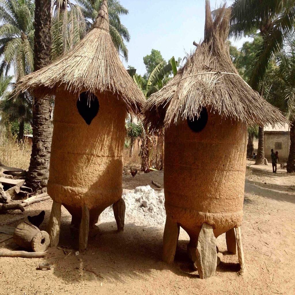 Grain mud silo in Langa Langa Village, Nasarawa State. Nigeria. #JujuFilms