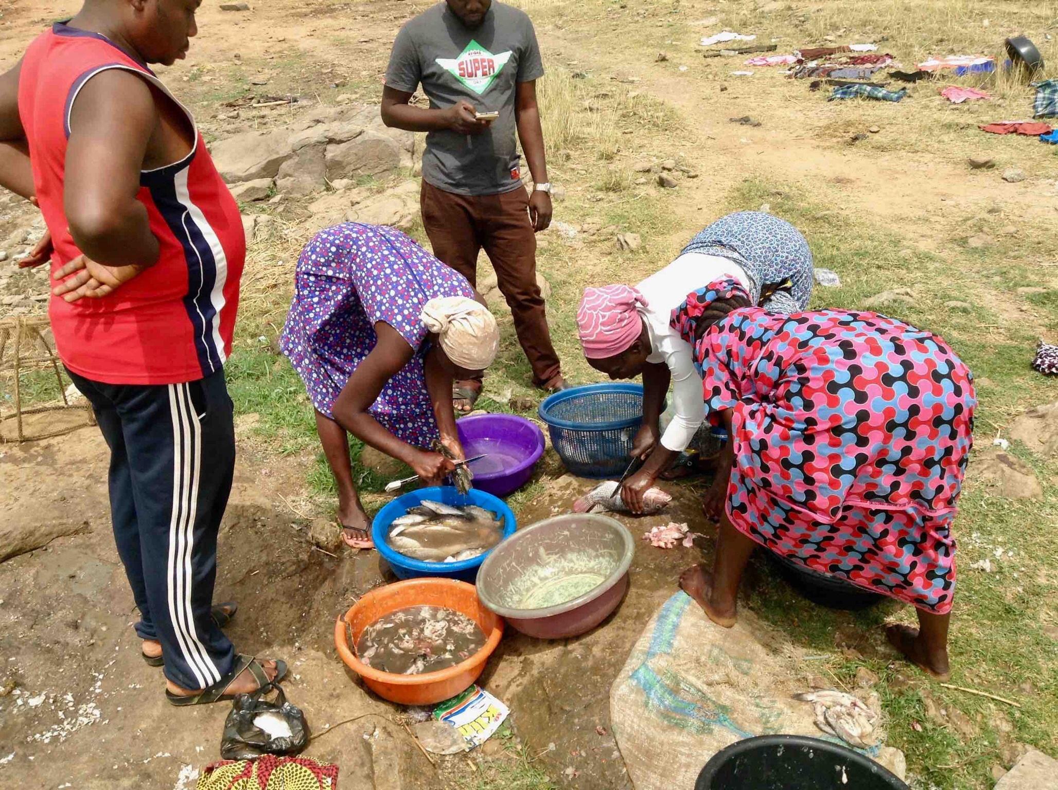 Buying fish from Usuma Lake, Ushafa Village, FCT, Abuja, Nigeria. #JujuFilms