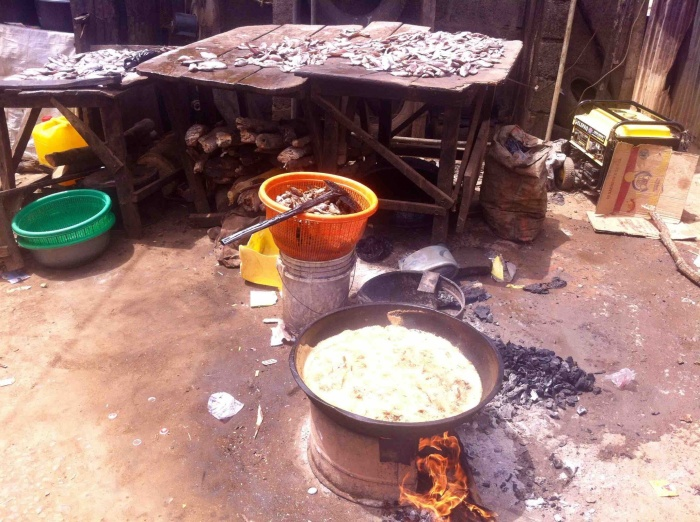 Frying fish, Ushafa Market Square, Ushafa Village, Nigeria. #JujuFilms
