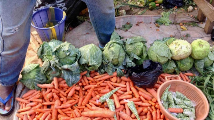 Carrots and cabbage, Dutse Market, Dutse, Nigeria. #JujuFilms