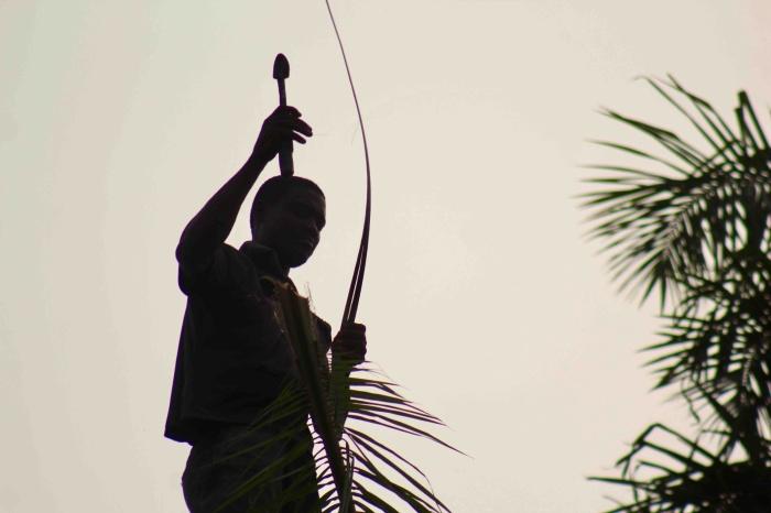 Tapping Palm wine, Langa Langa Station, Nasarawa State, Nigeria. #JujuFilms
