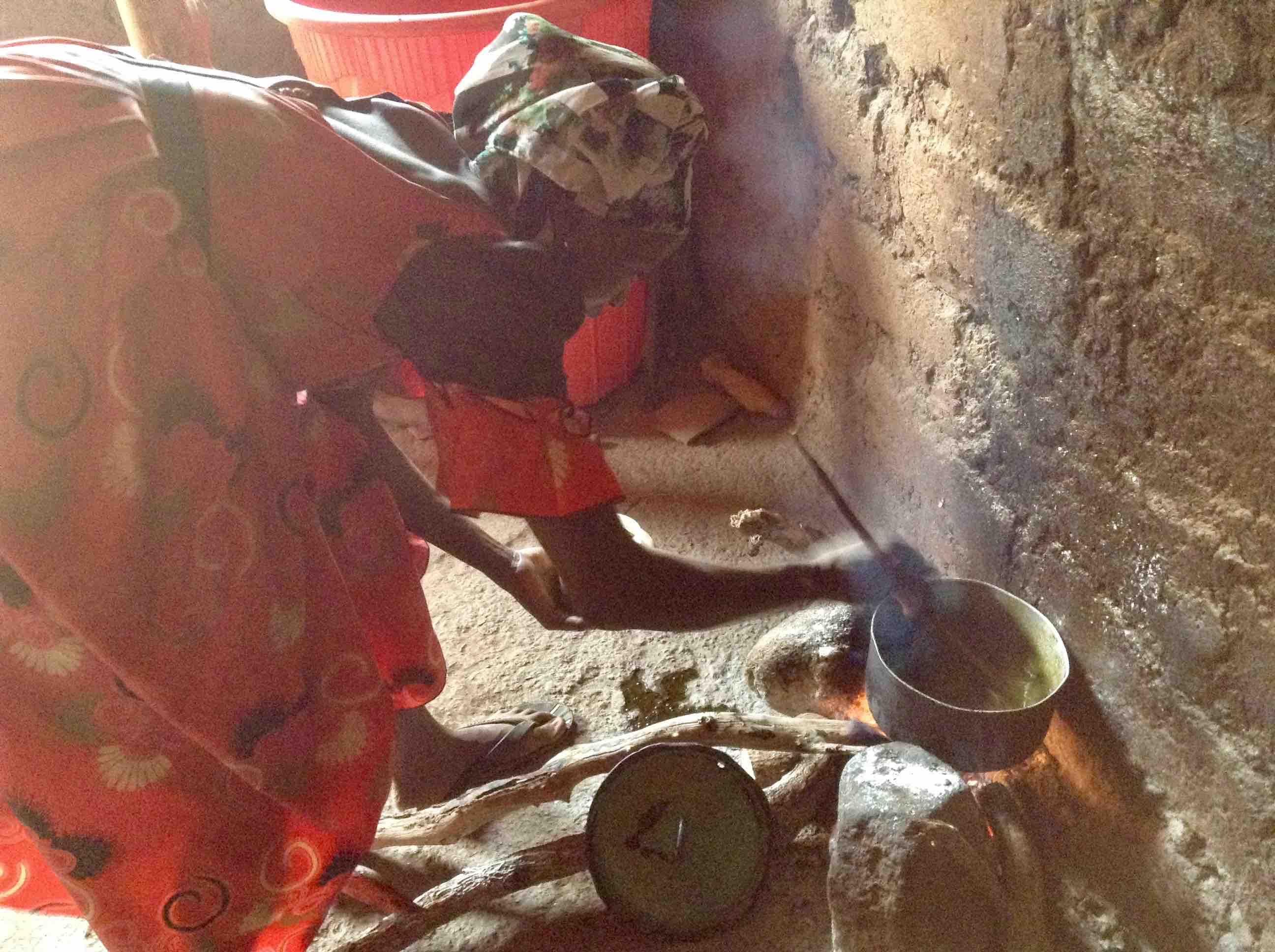 Lary Jatau, an Eggon woman cooking soup in her kitchen, Langa Langa Village, Nasarawa State, Nigeria #JujuFilms