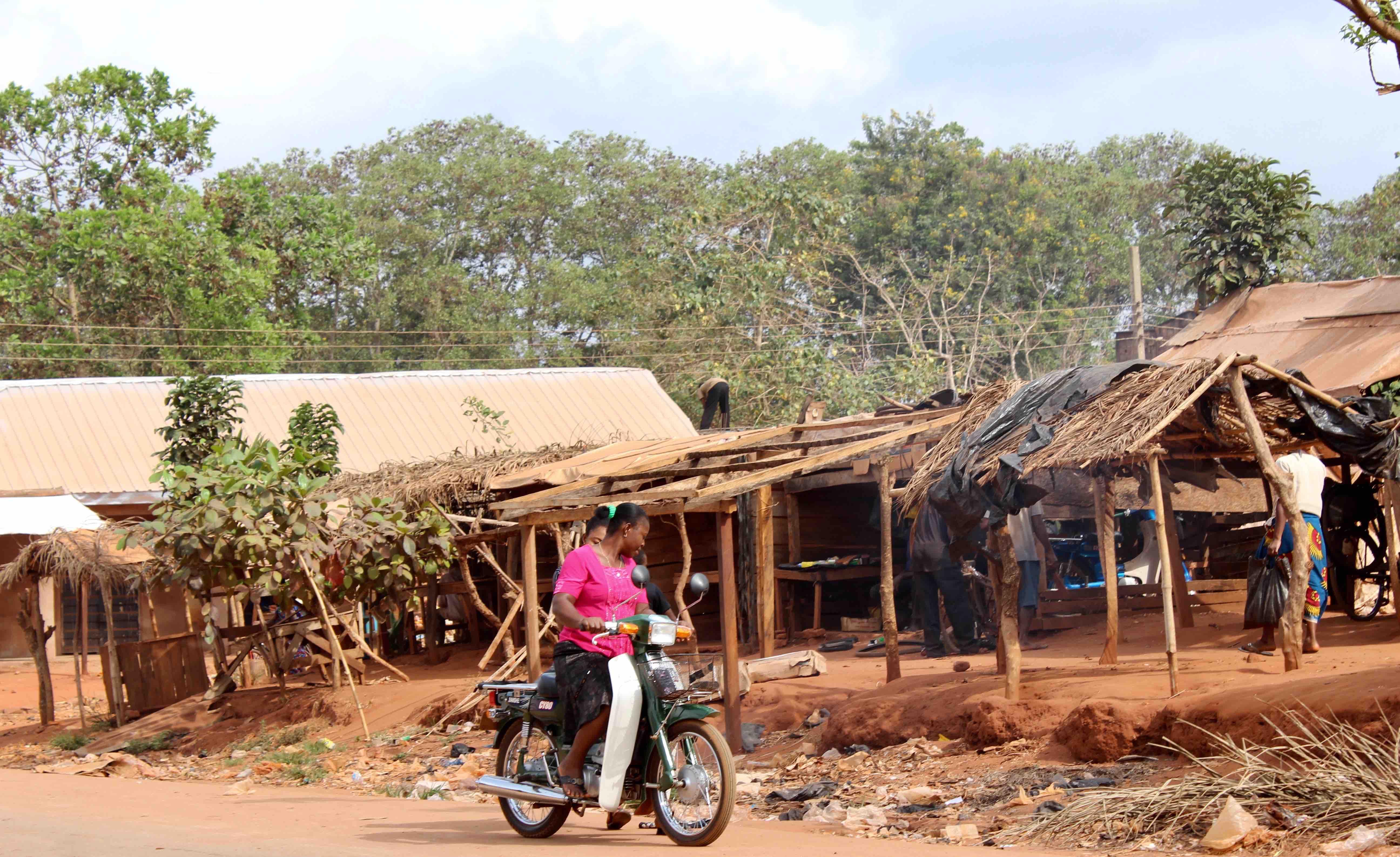 Igbo Women, Motorcycling, Iheaka Village, Enugu State, Nigeria. #JujuFilms