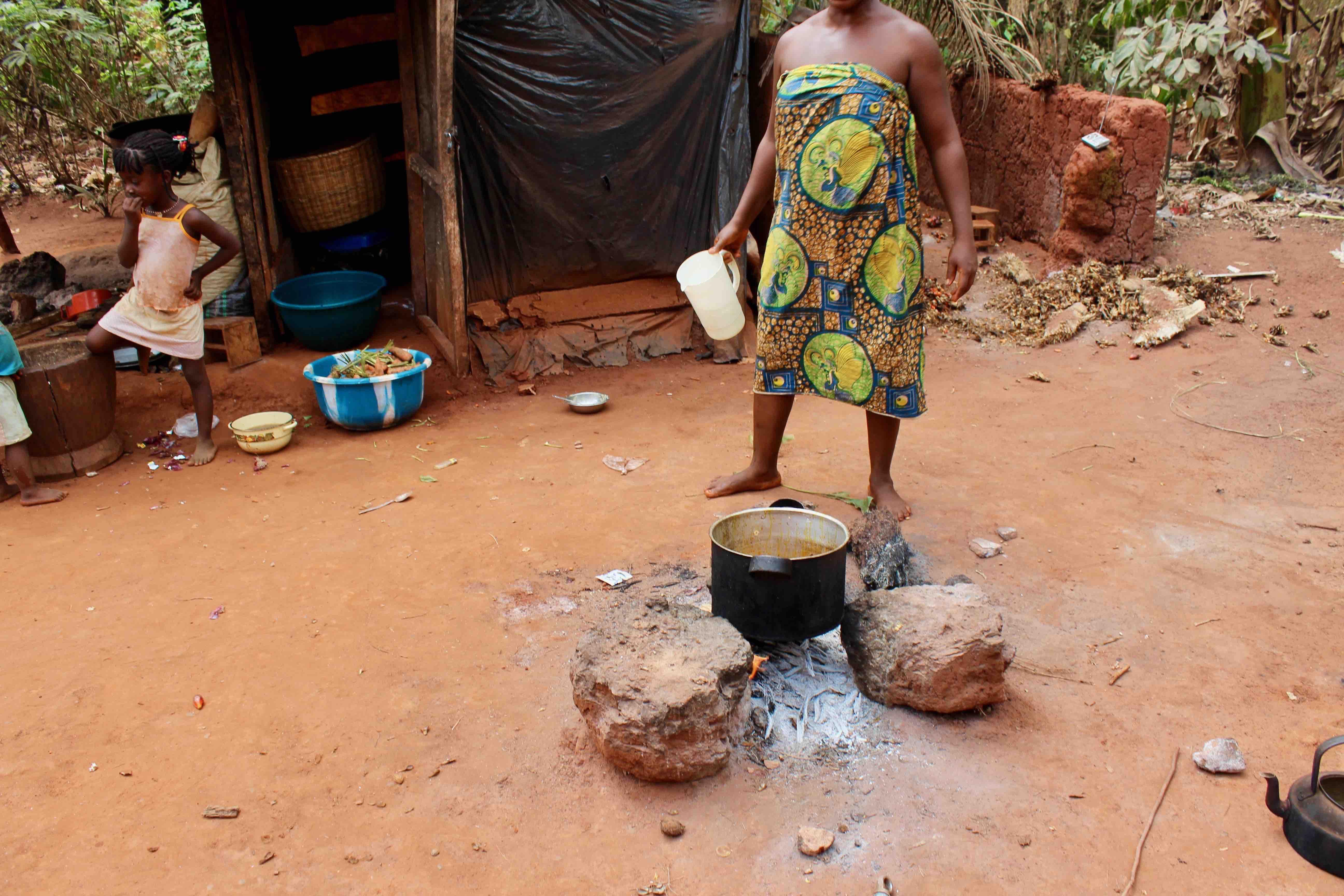 Igbo woman cooking ogbono soup, Iheaka Village, Enugu State, Nigeria. #JujuFilms