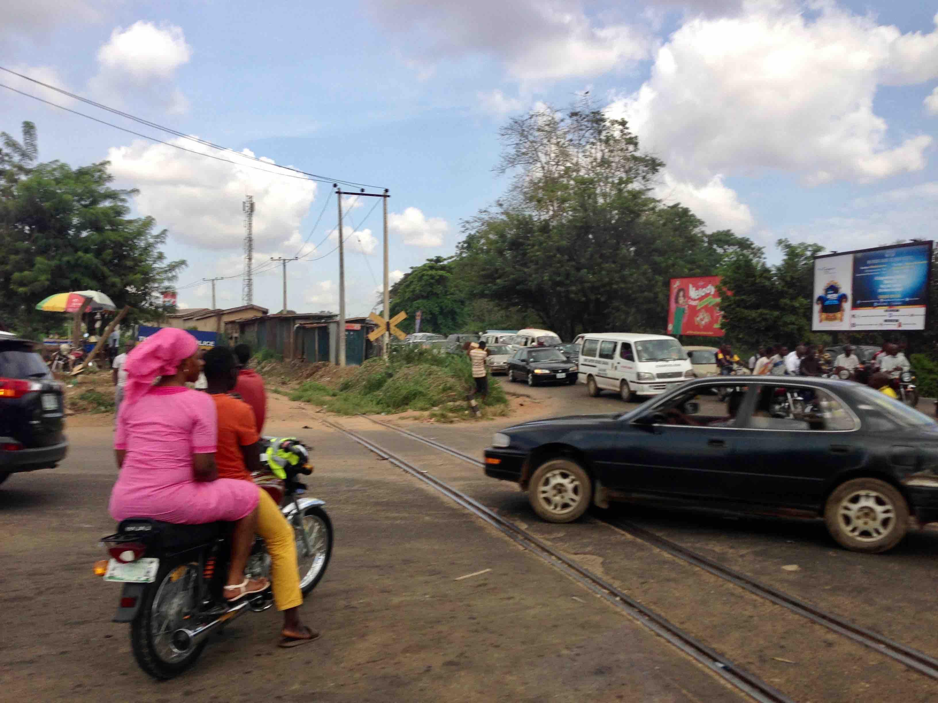Iyaganku Railway Crossing, Iyaganku, Ibadan, Oyo State, Nigeria. #JujuFilms